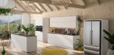 Grifflose Küche mit Kochinsel in weiß